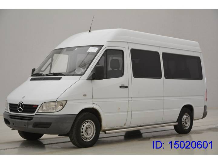 Mercedes-Benz Sprinter BUS - 2003