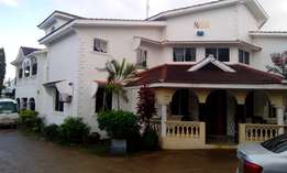 Splendid 7 bedroom house in the heart of Nyali
