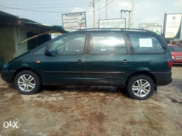 Sharan 2.0 normal engine for quick sale Lagos Mainland - image 4