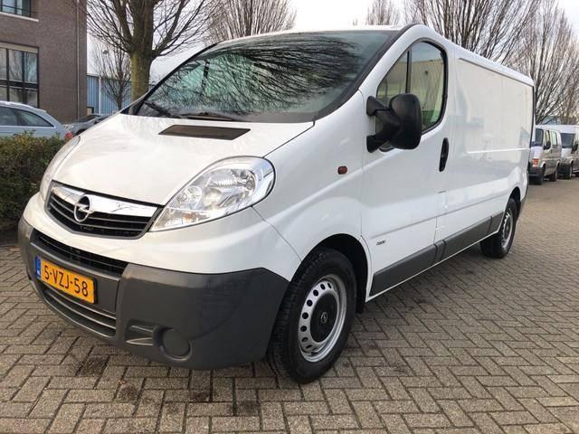 Opel Vivaro 2.0 CDTI L2H1 EcoFLEX / APK TOT 12 2019 / A - 2012