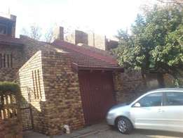 Vanderbijlpark - 2Bedr Town house for rent