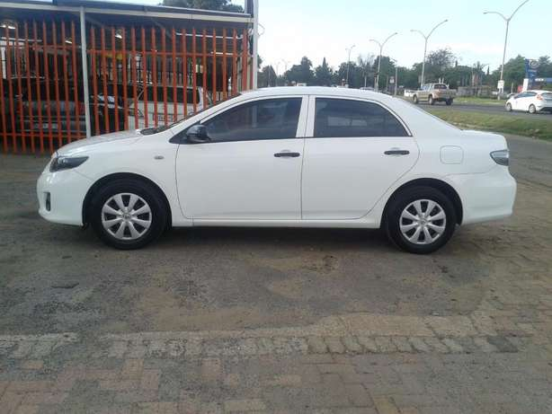 2014 Toyota Corolla 1.6 Quest For Sale R135000 Is Available Benoni - image 6
