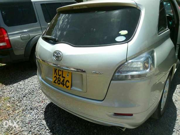 Toyota Mark X Zio 2009 7seater. Lady owned. City Centre - image 6