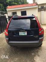 Good deal on Abuja used Volvo XC90 SUV