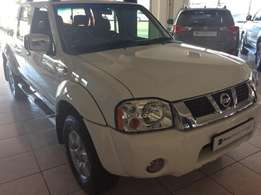 2016 Nissan NP300 2.4i 2.4 HiRider P/U D/C Only 10000kms (wow)
