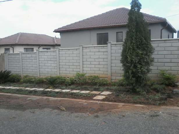 House to let Cosmo City - image 3