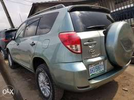 Toyota Rav4 ( Leather)