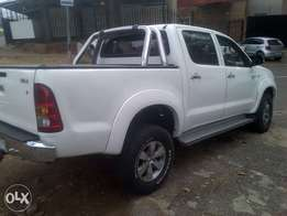 2008 Toyota hilux white. D4D 3.0 for sale