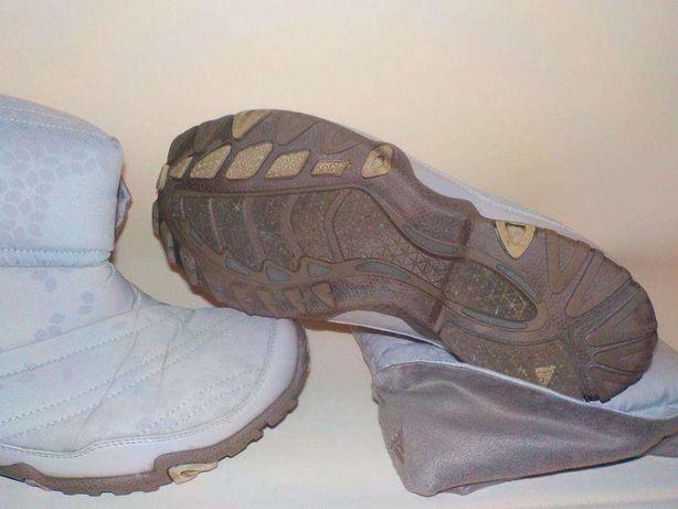 Buty Adidas Aniuboot damskie śniegowce zimowe