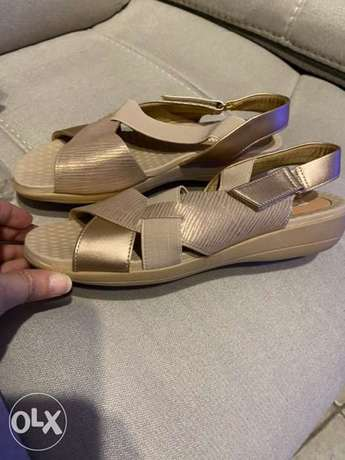 New Piccadilly Rose gold and beige sandals made in Brazil
