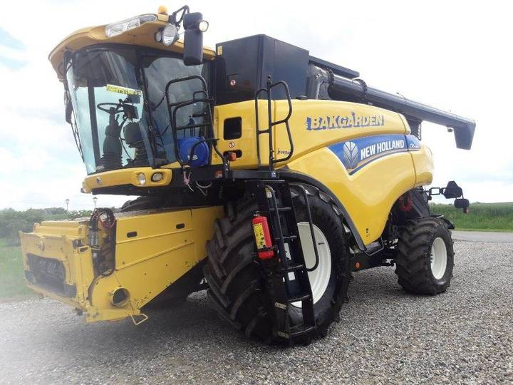 New Holland Cr 9080 4wd 30 Fods Vario Feed - 2012