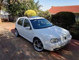 GOLF 4 GTI WHITE 18inch Rims 234nm 114kw.