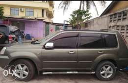 Xtrail clean with sunroof and cream leather seat. Super condition
