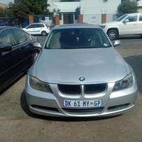 Monthend Special: 2007 BMW E90 325i auto for R119,999.00