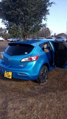 Mazda Axela new shape 2010 Ridgeways - image 5