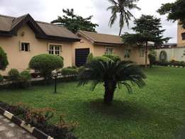 A tastfully finished duplex on 2000sqm land at agege for sale