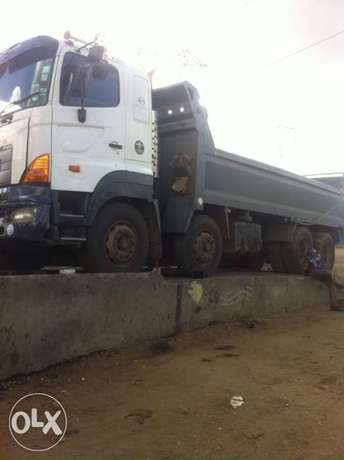 hino double steering tipper Greenspan - image 2