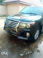 Toyota land cruiser armoured bullet proof