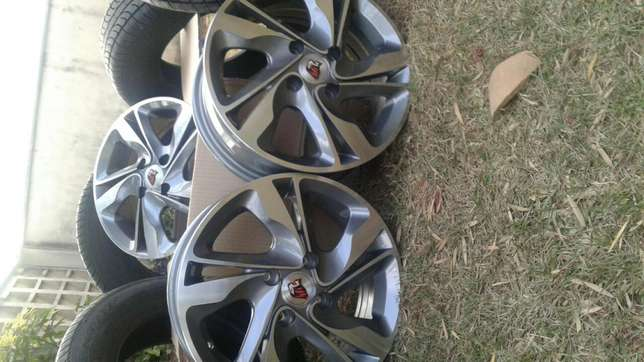 New 14 inch rims and tires for nissan wingroad South C - image 7