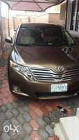 like new toyota Venza very clean