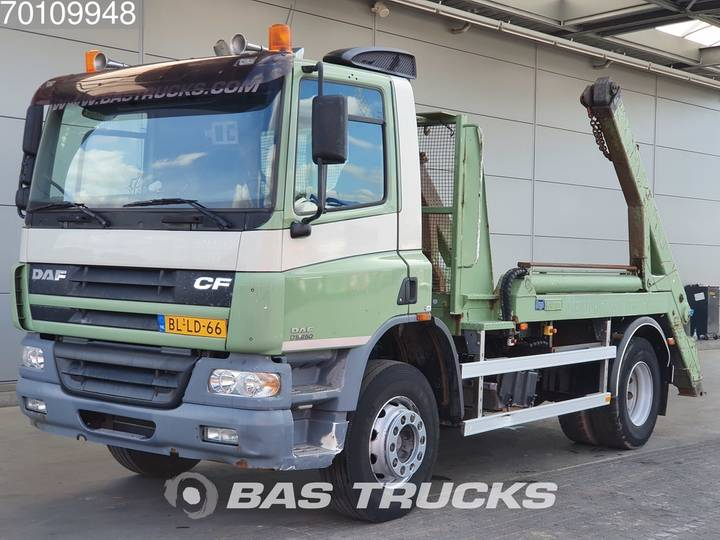 DAF CF75.250 4X2 Manual Steelsuspension Euro 3 - 2001