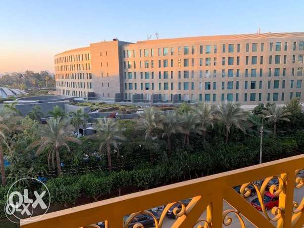 Fairmont view Apartment in Heliopolis