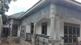3 bedroom house for sale in sonde at 220m