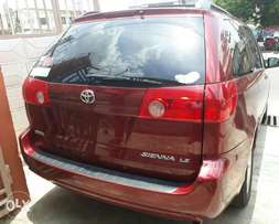 Tokunbo 2007 Toyota Sienna LE