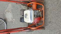 Honda gx160 vibrator for sale r2000