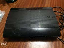 Play Station 3 + FREE GAME