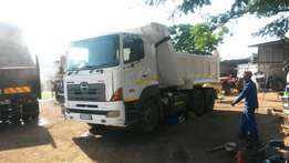 Truck & Commercial Vehicles