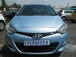 Hyundai i201.2 Motion 2014 Model with 4 Doors, Factory A/C and C/D