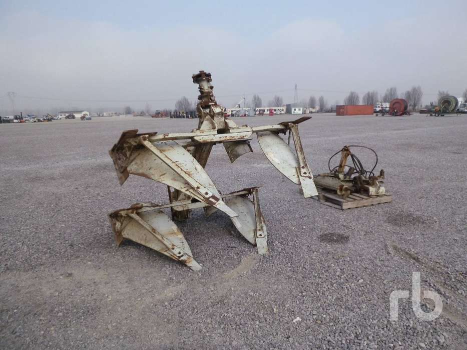 Parts Of 2 Bottoms Plow