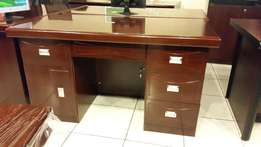 Office Table On Sale