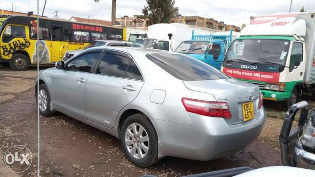 Very clean Toyota Camry 2006 model Muthaiga - image 4