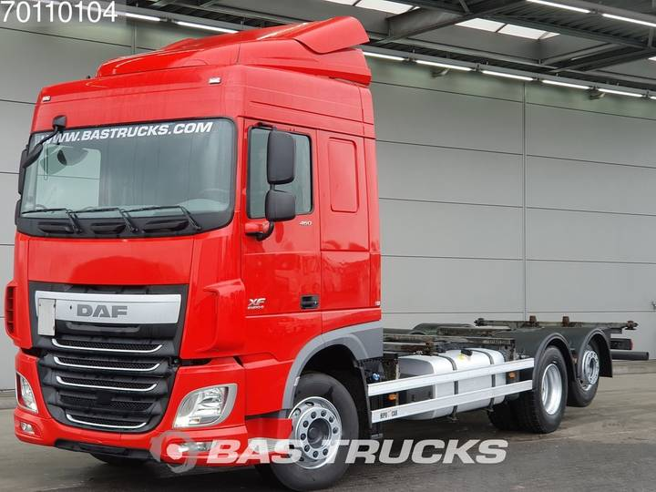 DAF XF 460 6X2 Liftachse Standklima Euro 6 - 2015