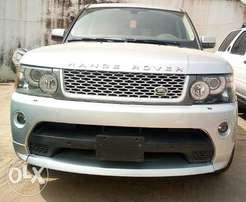 Very clean 2012 Range Rover Sport