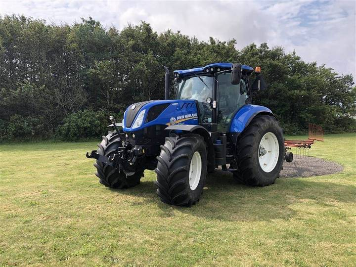 New Holland T7.225 Ac Rtk Gps Og Frontlift - 2017