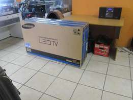 NEW Samsung 48 Inch Smart LED TV Series 6 sealed