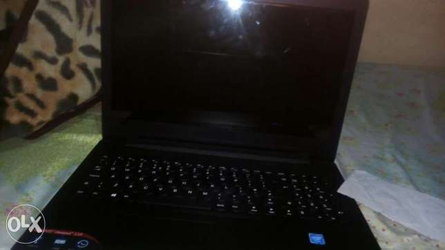This laptop is broken and i am sell it with his new charge Kariobangi South - image 2