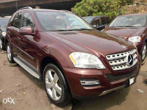 Foreign used 2010 Mercedes Ml350 4matic. Direct tokunbo Apapa - image 3