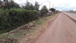 I acre on tarmac is on sale in Githurai