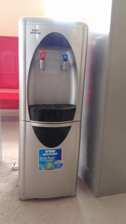Hotpoint water dispenser Hurlingham - image 2