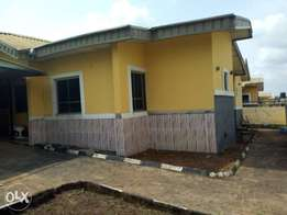 Lovely 3Bedroom executive at Diamond estate Isheri Lasu rd To Let