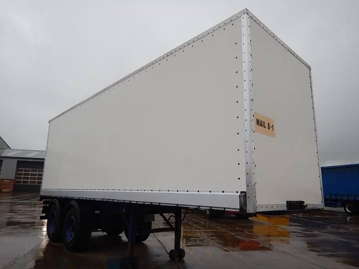 Box astro closed  semi-trailer - 1990