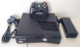 Xbox 360 250GB Slim Boxed, Great Condition!