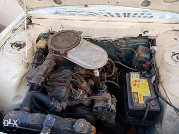 Peugeot 504 pick up for sale, working condition 5 speed inspected. Baba Dogo - image 3