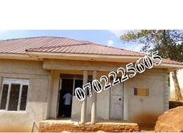 4 bedroom house for sale in Kiira at 130m