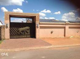 3 beds empty ready for occupation at Glen Xtn 16 Soweto