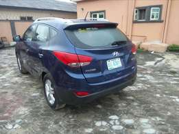 2013 Hyundai ix 35 at a give away price.